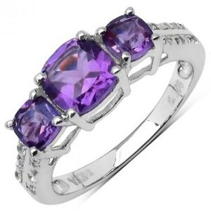 Sterling Silver 1.35 CTW Amethyst Size 7 Ring
